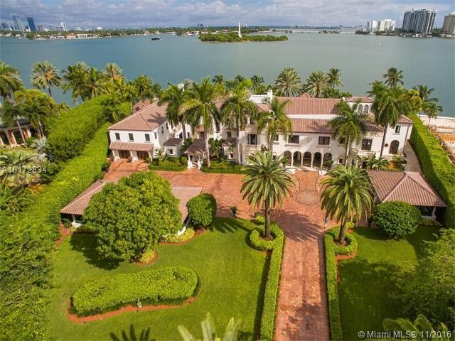 Admirable 20 Incredible Houses For Sale In Miami Propertyspark Home Interior And Landscaping Ponolsignezvosmurscom