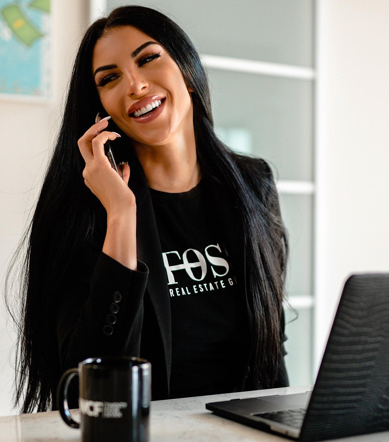 Laura Giselle Foss Real Estate Agent
